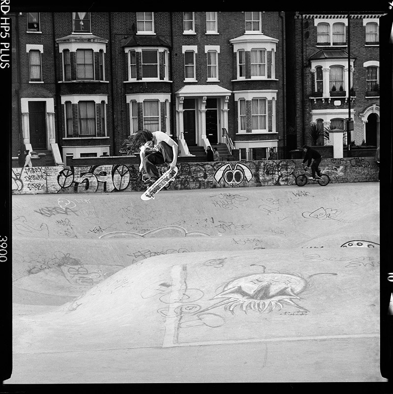 Martyn Thomas - Nise Grab at Stockwell - © Tim Mogridge Flicknife Clothing