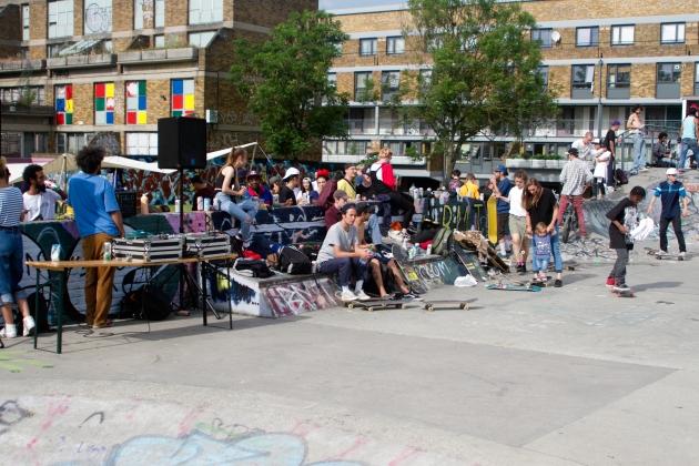 stockwell brixtons baddest flicknife clothing london skateboarding ©2016 scott madill
